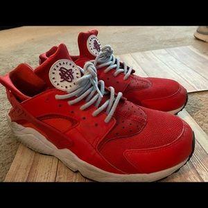 Nike Men's Red Haurache's